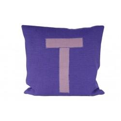 Dekoratyvinė lininė pagalvė raidė T