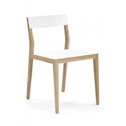 Uosio masyvo kėdė AIR